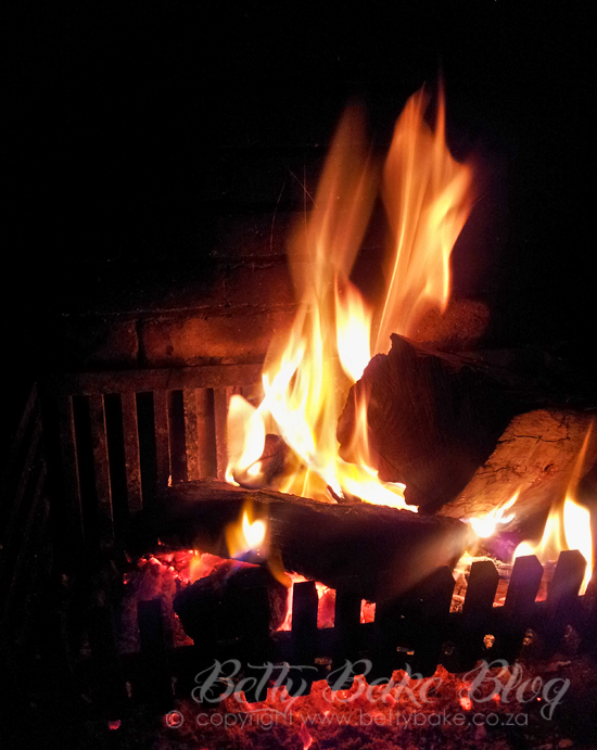 fire , betty bake, braai, photo, red and black, coals, flames,