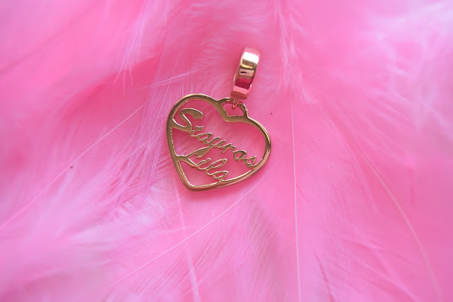 http://www.soufeel.com/personalized-heart-name-pendant-rose-gold.html