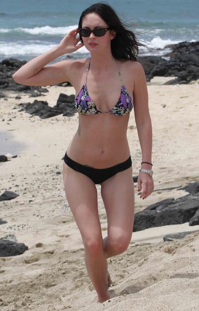 Megan pink bikini