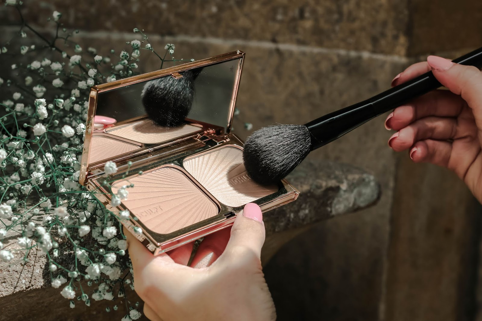 Charlotte Tilbury Bronze & Glow Palette Photography