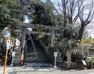 大江神社の百歳の階段
