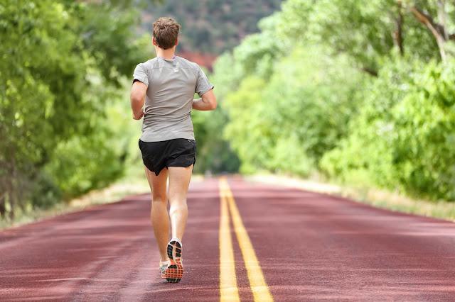 Για αυτό το λόγο θα πρέπει να χάσετε βάρος, με το περπάτημα και όχι με το τρέξιμο