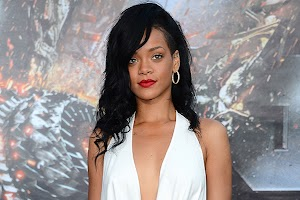 'Rihanna is afraid of becoming unpopular'