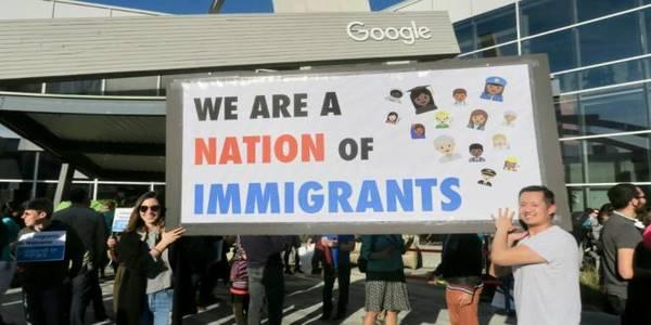 Sekitar 2000 Pegawai Google di AS Demo Kebijakan Anti Imigran
