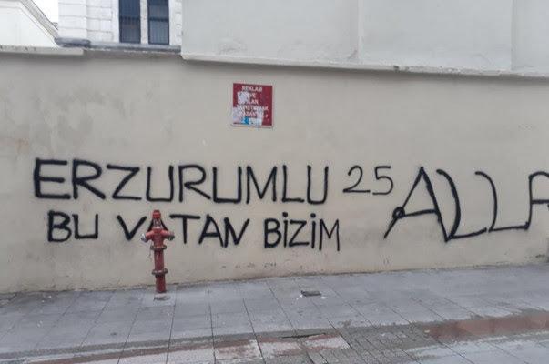 Iglesia armenia en Estambul vandalizada