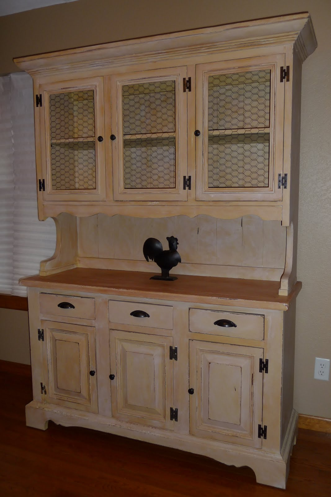 Yellow Hutch Makeover