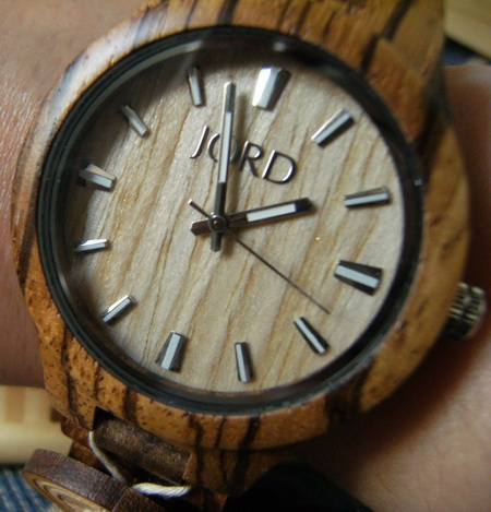 Jord wood watch Fieldcrest series Zebrawood & Maple