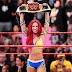Road Warrior diz que a WWE está empurrando Sasha Banks goela abaixo dos fãs