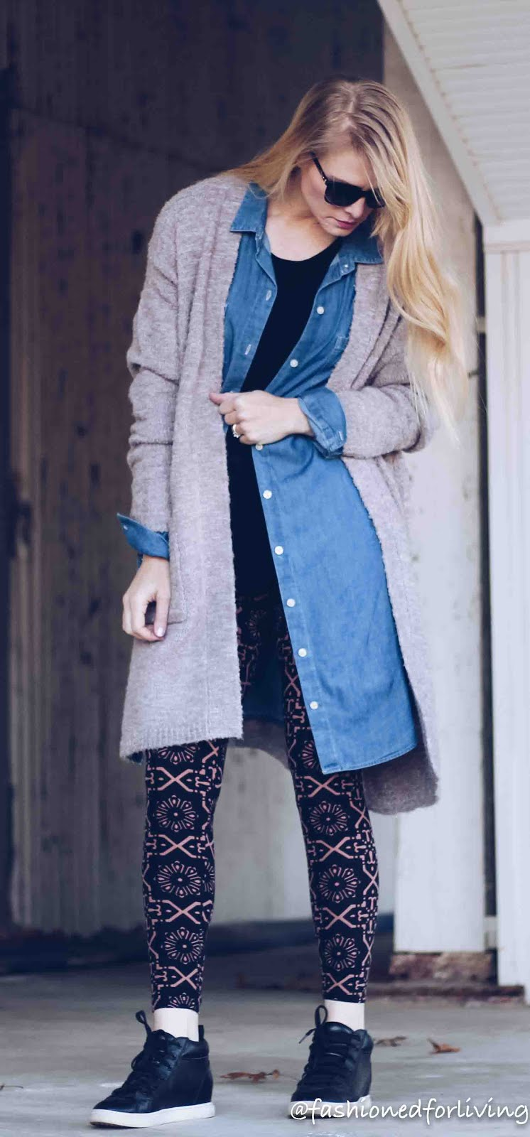 Fashioned For Living Leggings Outfit With Blush Cardigan