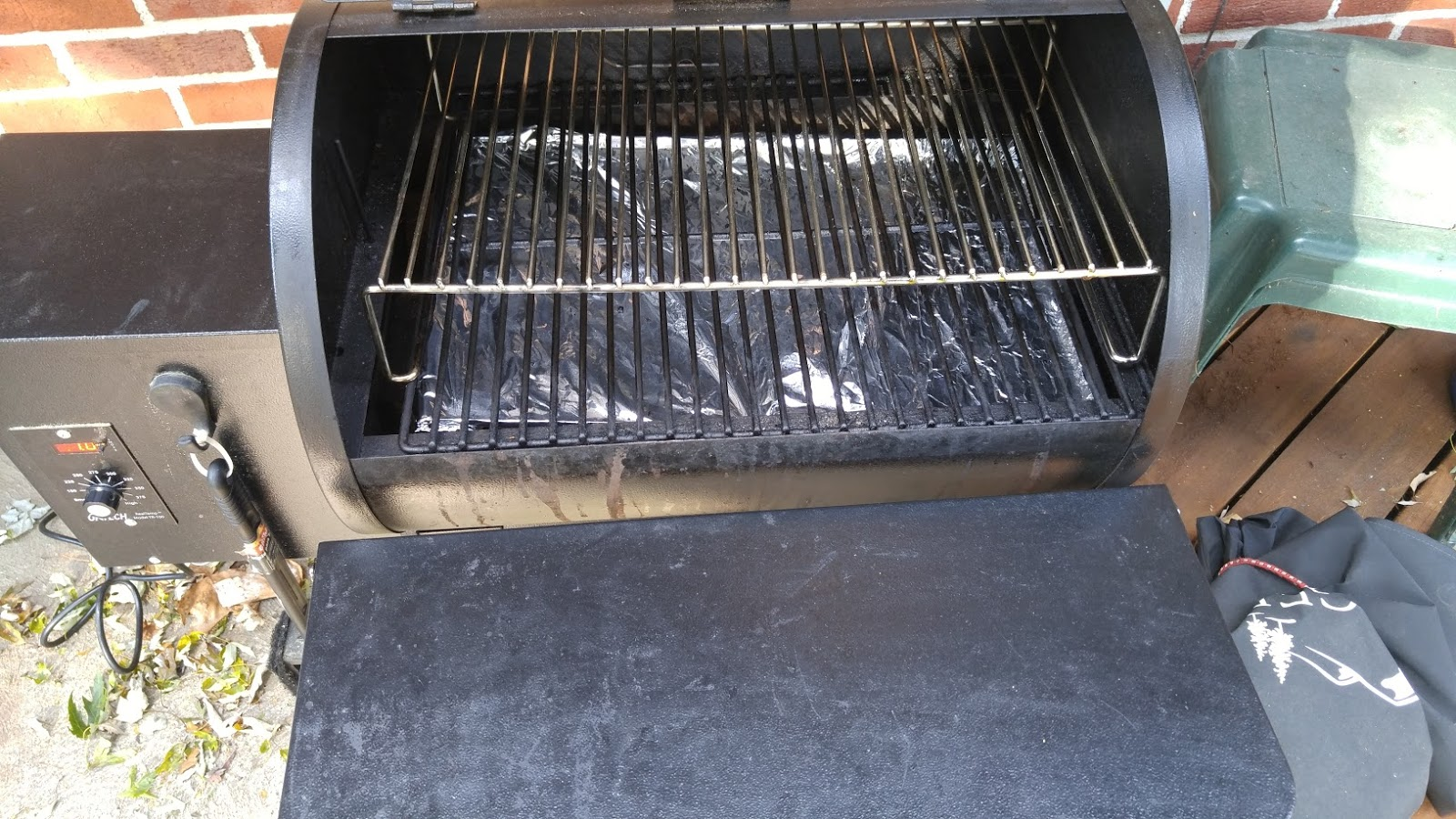 Traeger Recipes By Mike: How To Clean Your Traeger or Most ...