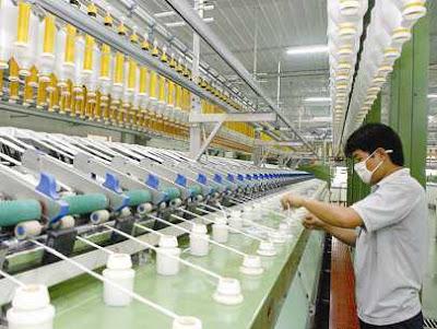 Tuyển gấp 30 nam thao tác máy tại Đài Trung lương cao