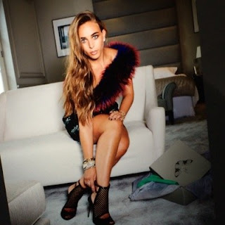 Chloe Green age, boyfriend, philip green, topshop, shoes, bag, bikini, marc anthony, instagram, wiki, biography
