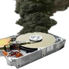 Damaged hard drive problem is one of the causes of computers to hang often How to Repair a Damaged Hard Drive