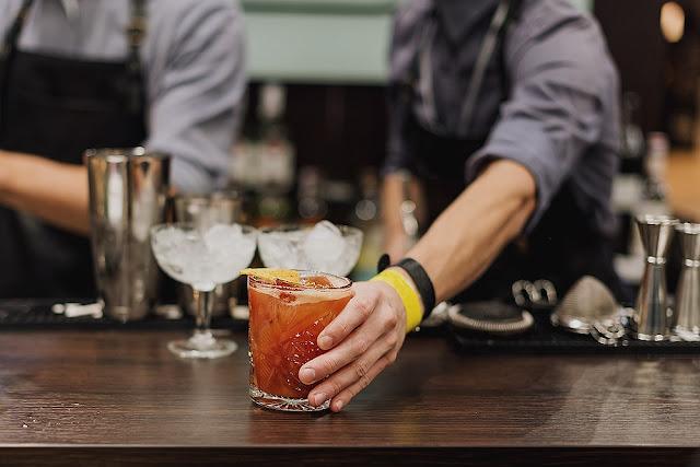 Τα μόνα cocktails με ρούμι που πρέπει να πιεις αυτό το καλοκαίρι