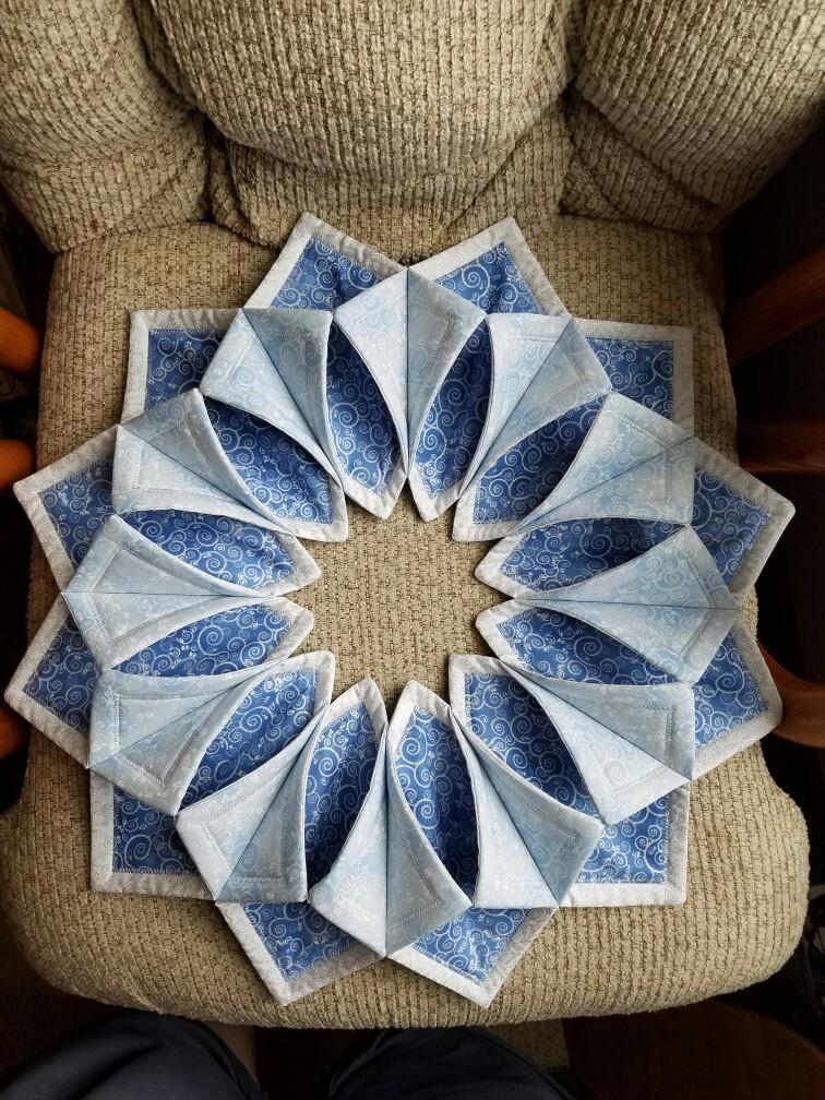Fold N Stitch Wreath Shortcut Tutorial