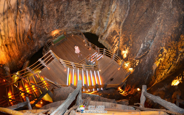 You can either go down or up inside Meditation Cave @ The Banjaran Hotsprings Retreat, Ipoh