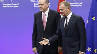 """Δύο δρόμοι αντίθετοι: H αβάστακτη ελαφρότητα της Ευρώπης και ο """"τρόμος"""" της Τουρκίας…"""