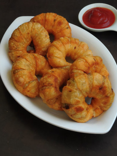 Ring Samosa, Vegetable Ring Shaped Samosas