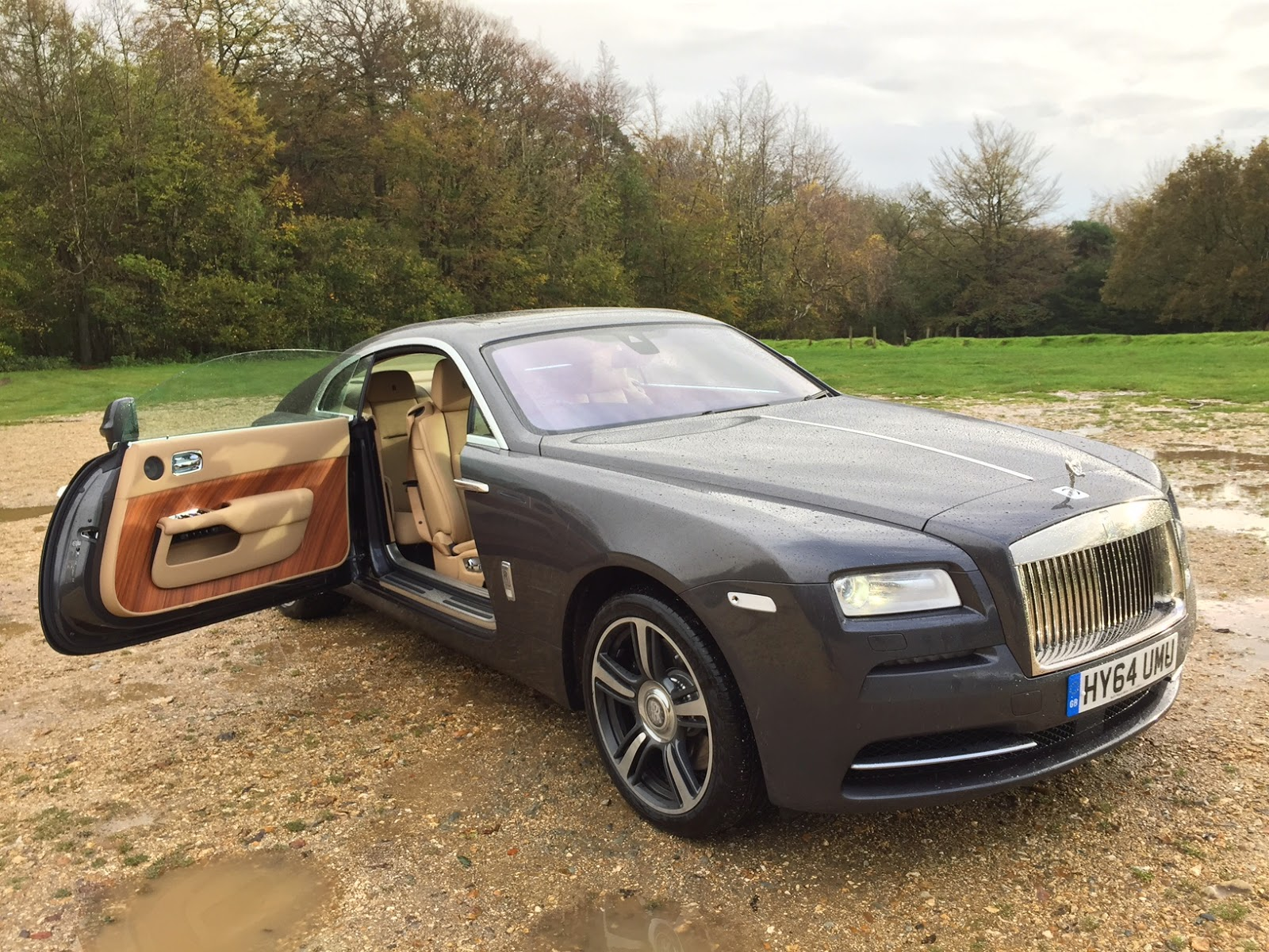 Speedmonkey: 2014 Rolls Royce Wraith Review
