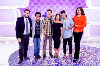 Rodrigo Fernandes, Jean Paulo Campos, Viny Vieira, Patricia Abravanel, Zé Felipe e Narcisa - Crédito: Gabriel Cardoso/SBT