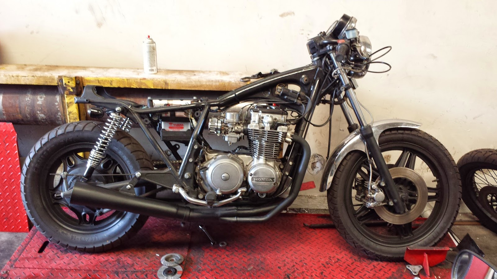 road map mosaics: 1981 cb650c cafe racer updates for 4/22