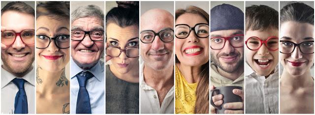Mujeres y hombres de diversas edades con discapacidad visual