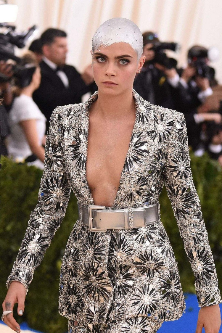 The image of Cara Delevingne at the Met Gala-2017
