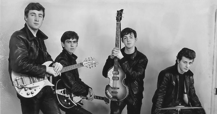 Rarely Seen Photographs From a Photo Session of The Beatles at the Beginning in 1961