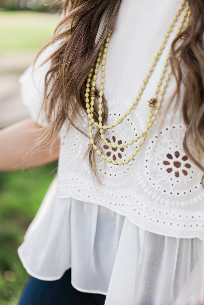 KBStyled: white lace top yellow necklace beaded necklace akola
