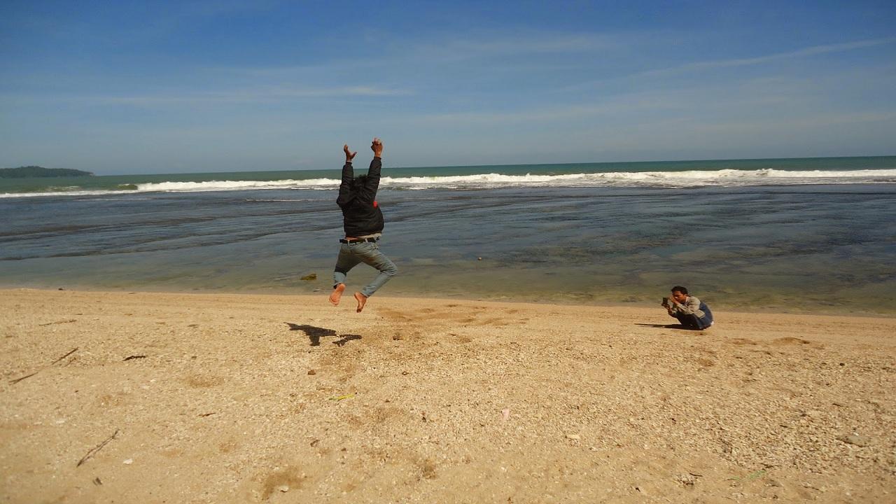Pantai Karapyak Pangandaran