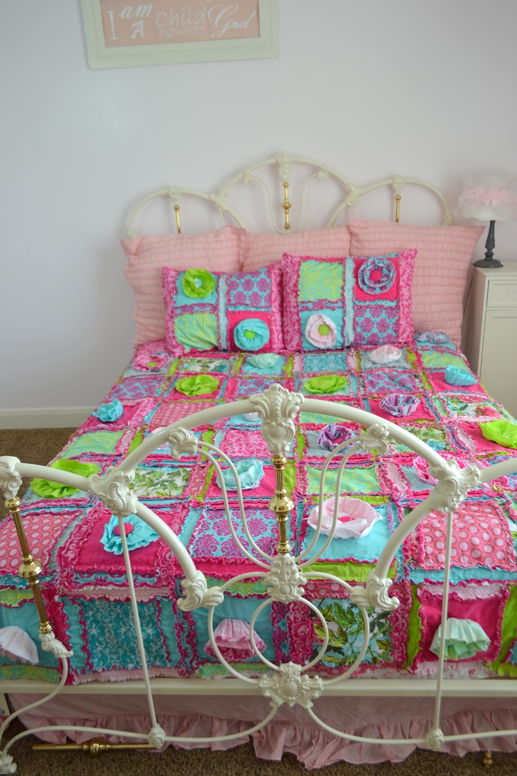 Queen Size Bedding for Girl