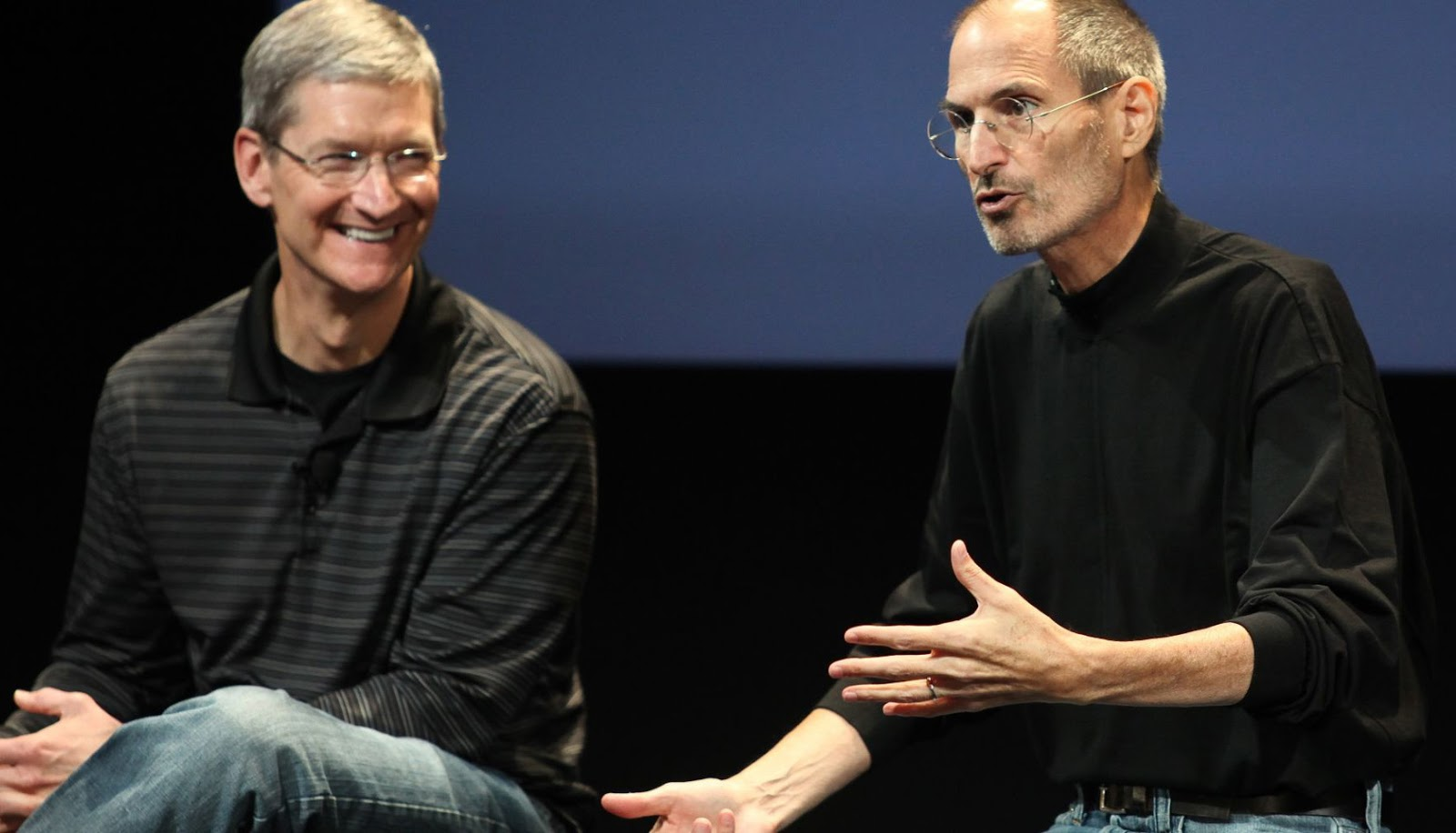 蘋果市值破兆:庫克發文追億賈伯斯