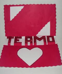 http://vctryblogger.blogspot.com.es/2013/02/tarjeta-letras-pop-up-te-amo-san-valentin-manualidades.html#more