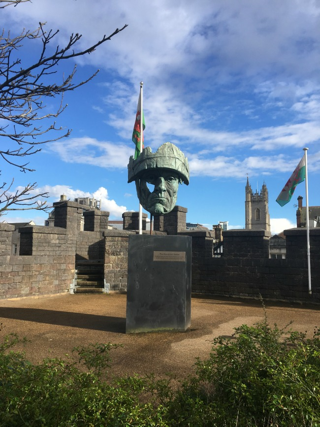abandoned-soldier-cardiff-castle