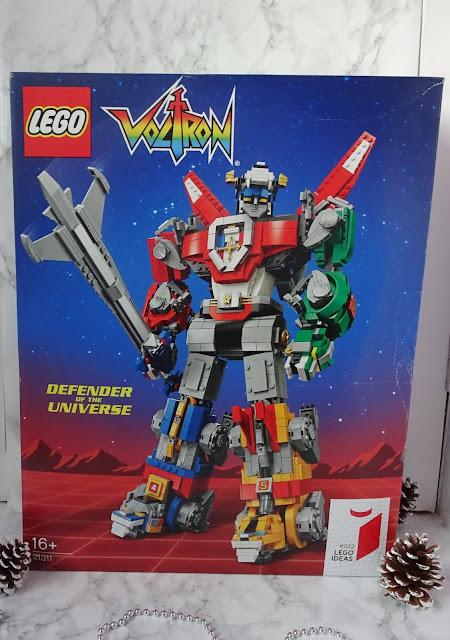 Box of Lego Voltron