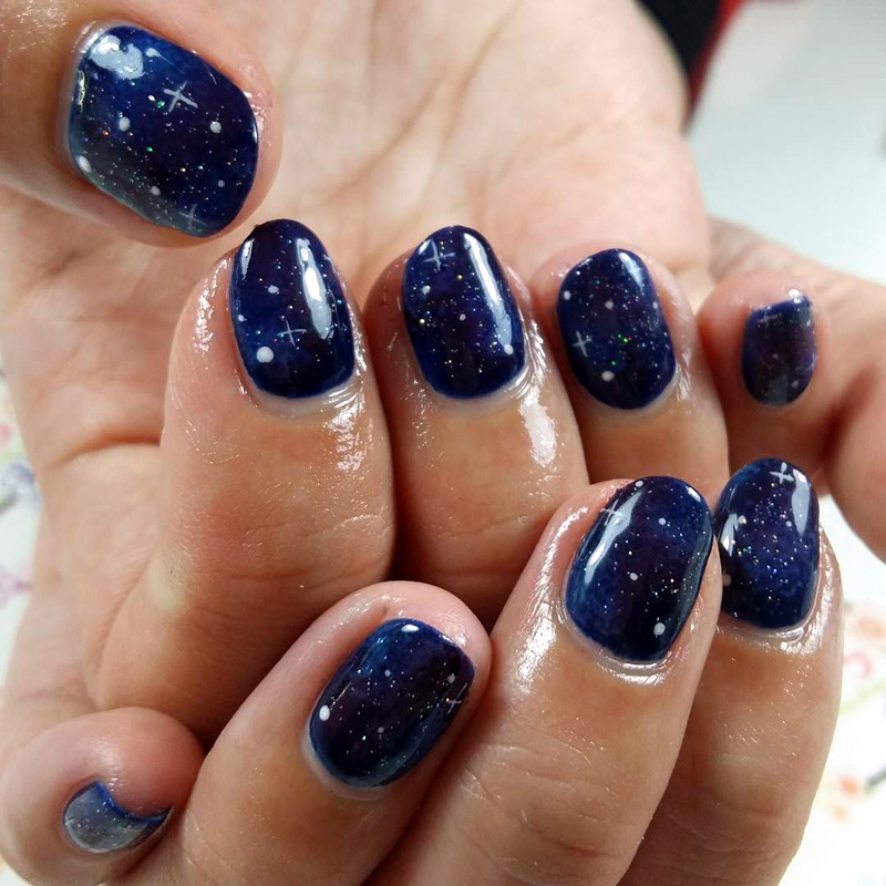 Amazing Galaxy Nail Designs for the Season