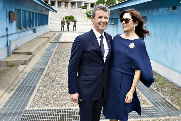 Crown Princess Mary wore Vionnet cape dress: fashion, style and exclusivity for this French brand by Madeleine Vionnet