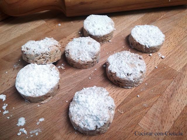 Mantecados de almendra y avellana - Cocinar Con-ciencia