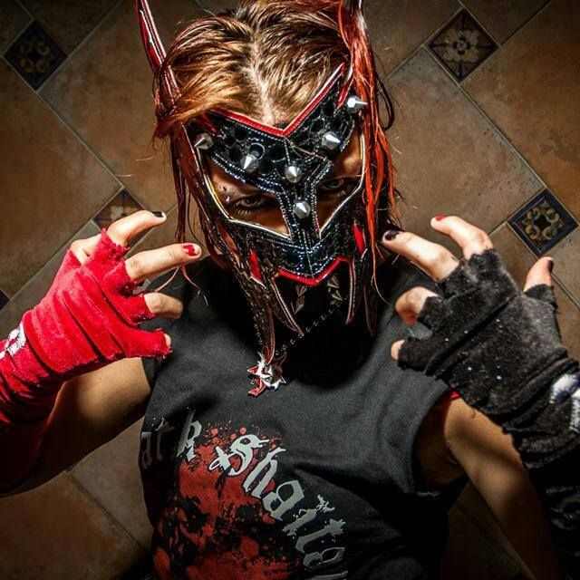 The Luchadoras: Lucha Libre Wrestling - Rosa Negra (Black