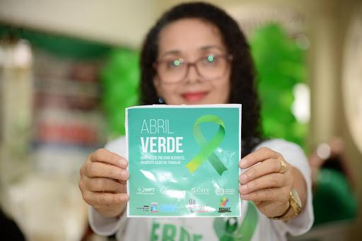 Abril Verde: Cerest Estadual realiza inspeções em ambientes de trabalho