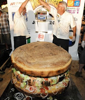 wonder why americans are so fat?: 777-pound burger in california takes guinness record on july 4th