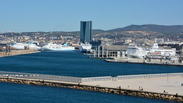 Parc Emile Duclaux Marseille tower