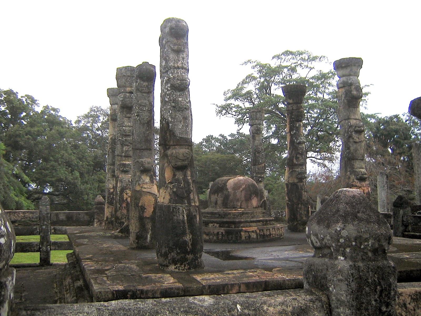Nissanka Latha Mandapaya, Polonnaruwa, Sri Lanka