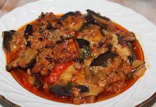 Eggplant with Ground Beef (Patlican Musakka/Oturtma)