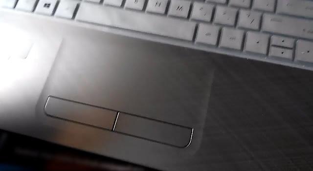 cek touchpad leptop