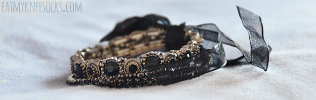 Details on the layered ribbon-tie black gemstone bracelet set from Born Pretty Store.