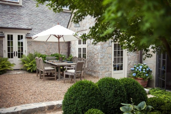 Outdoor Living Pea Gravel Patio Inspiration French