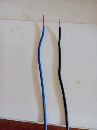 Apa Yang terjadi jika menyambung kabel rumah positif dan negatif ?