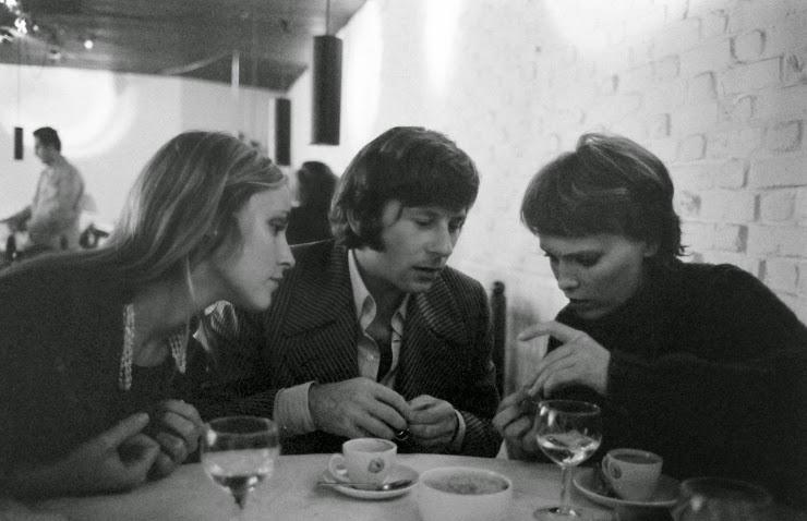 rare photos of sharon tate and roman polanski in london in 1968