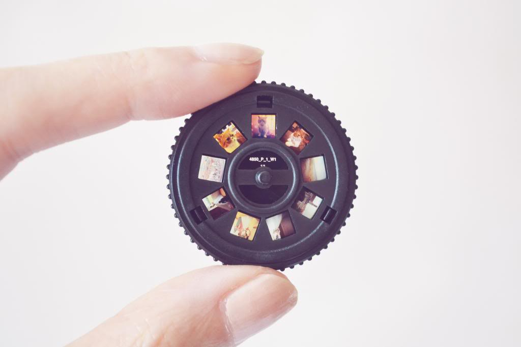 A Tiny Projector For Instagram Photos